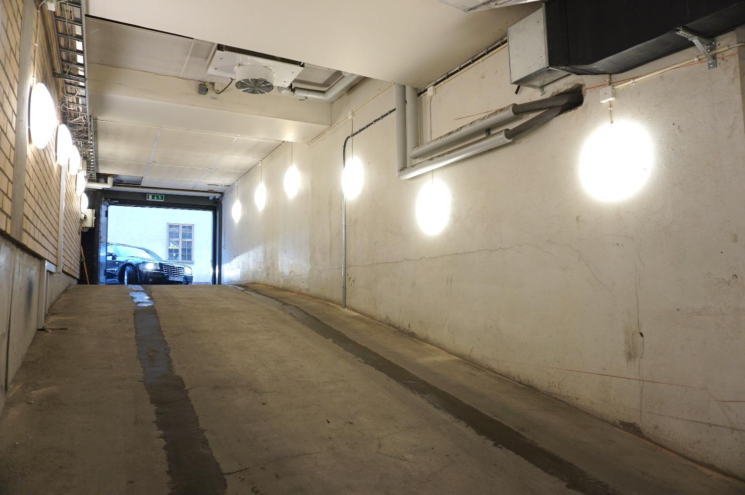Garage, Belysning